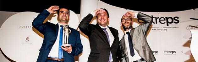 Рамон Солано, коммерческий директор Inmesol, получает премию Entreps Energy 2015