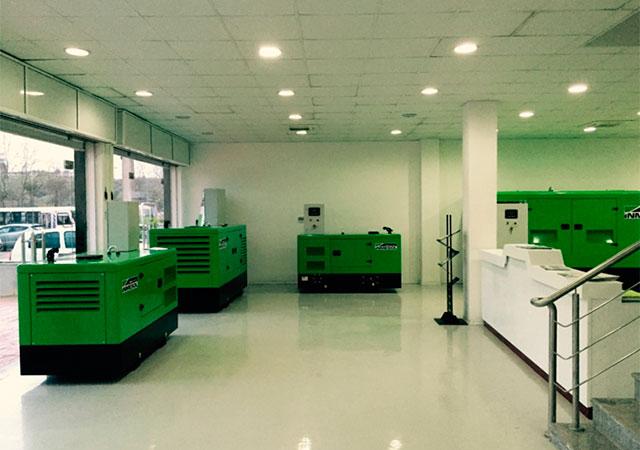 Электрогенераторные установки Inmesol на выставке в новом офисе Sarl Obi