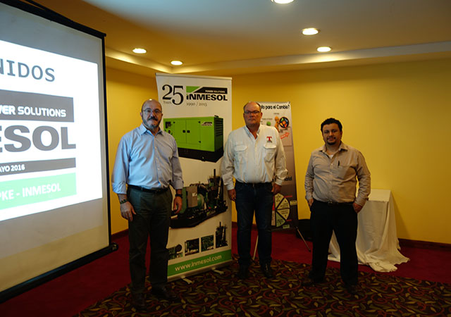 Луис Наварро, представитель компании INMESOL, Аллан Раш, Topke, и Борис Дж.-де-Леон